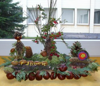 Zabawa z darów jesieni – jesienny las