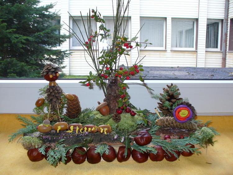 Jesienny-las kompozycja z darów jesieni