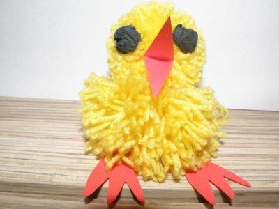 Wełniany-kurczak z pompona