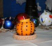 Wigilijny-świecznik-z-pomarańczy