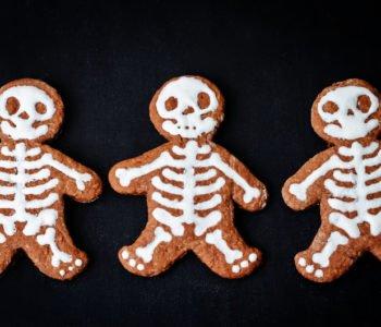 Przepis na ciasteczka szkielety na Halloween