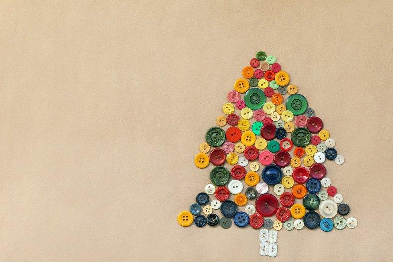 Jak zrobić kartkę świąteczną z guzików zabawy dla dzieci