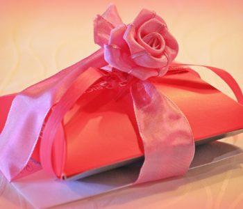 pudełko na prezent święta boże narodzenie
