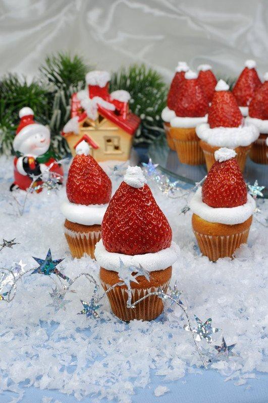 przepis na muffiny z czapkami Mikołaja