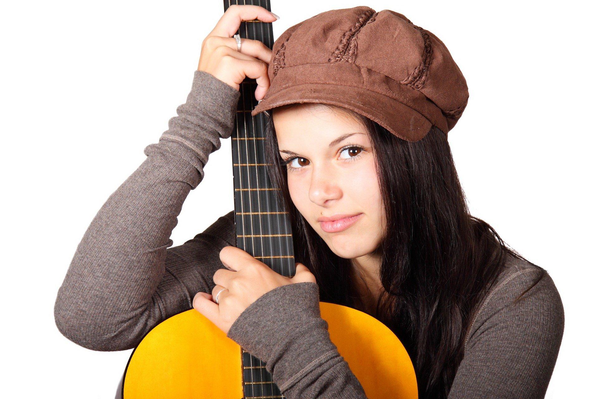 Artterapia terapia przez ekspresję i muzykę