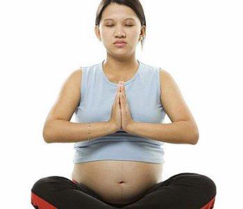 Ćwiczenia jogi w ciąży