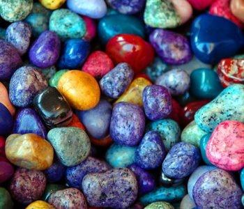 Malowanie kamyków – drogocenne kamienie