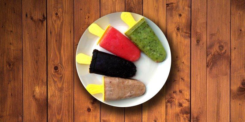domowe lody owocowe na patyku
