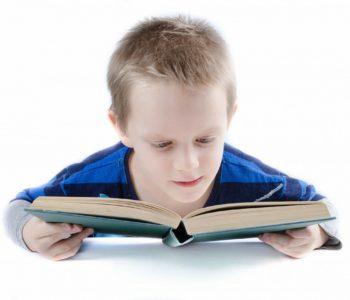 Dziecko nie chce czytać i pisać. Problemy dziecka z pisaniem i czytaniem