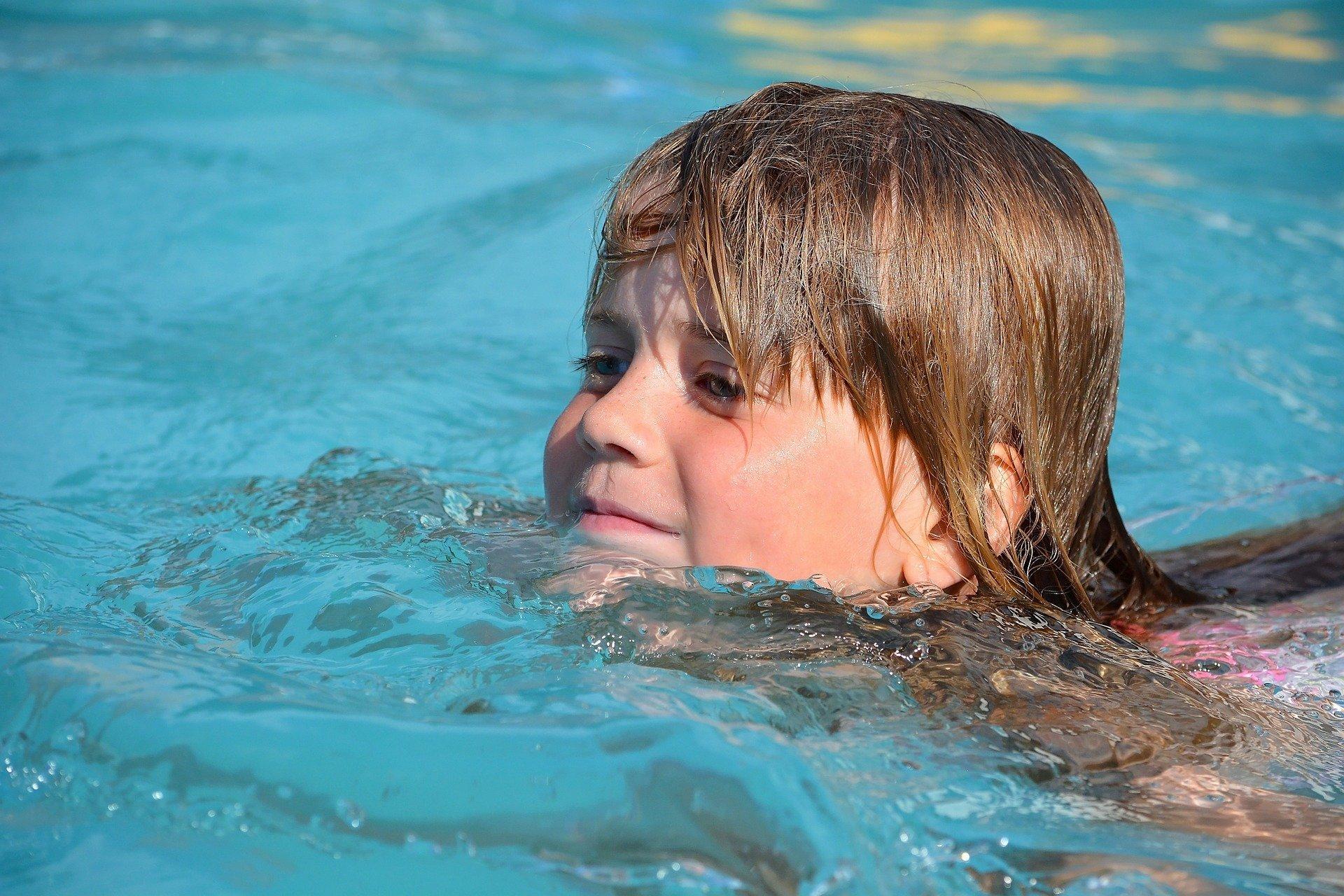 Pomysły na zabawę w wodzie z dzieckiem