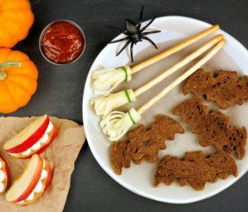 Nietoperze z chleba i miotły z sera – przekąski na Halloween