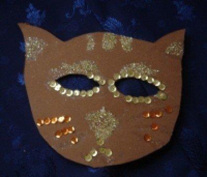 Karnawałowa maska kotek