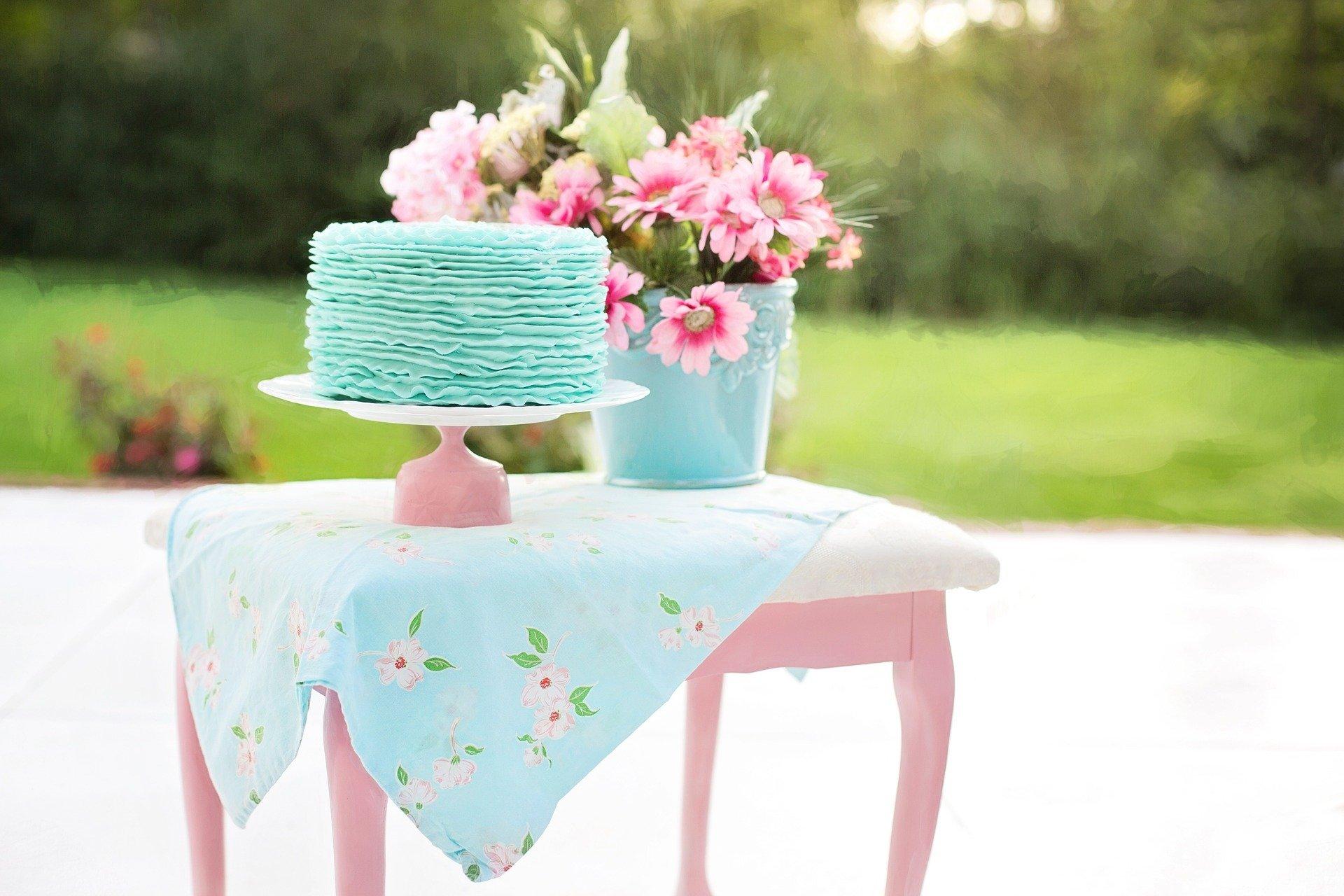 cake-905376_1920