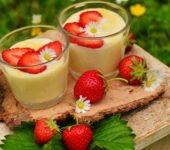 Pudding z truskawkami przepisy