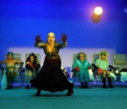 Spektakl-Wiedźmy-w-Teatrze-Lalka