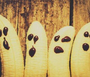 Przepis na bananowego ducha na Halloween
