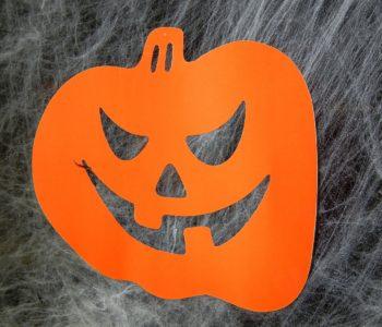 Dynia z papieru na halloween - zabawa plastyczna dla dzieci