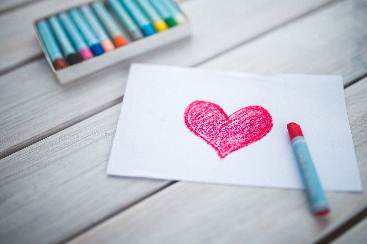 serce kredki pastele rysunek