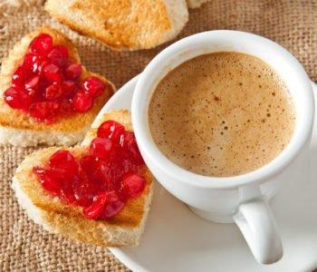 Przepis na kanapki z sercem na śniadanie