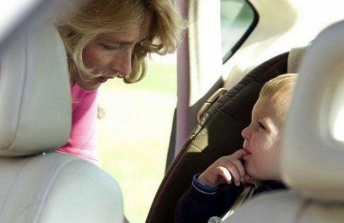 Dzieci-w-samochodzie-i-inne-kłopoty