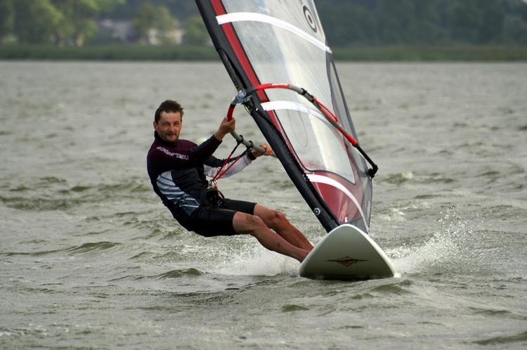 Aktywny-wypoczynek-Windsurfing