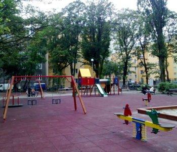 Nowe-boiska-i-plac-zabaw-na-warszawskiej-Woli