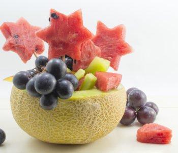 Przepis na owocową sałatkę z arbuzem i melonem