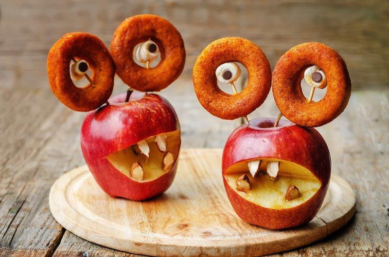 przepis na potwory z jabłek i ciastek