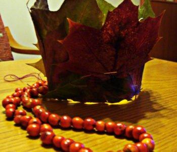 Korona królewny z jesiennych liści