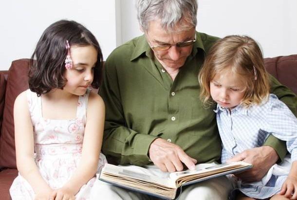 Tydzień czytania z babcią i dziadkiem