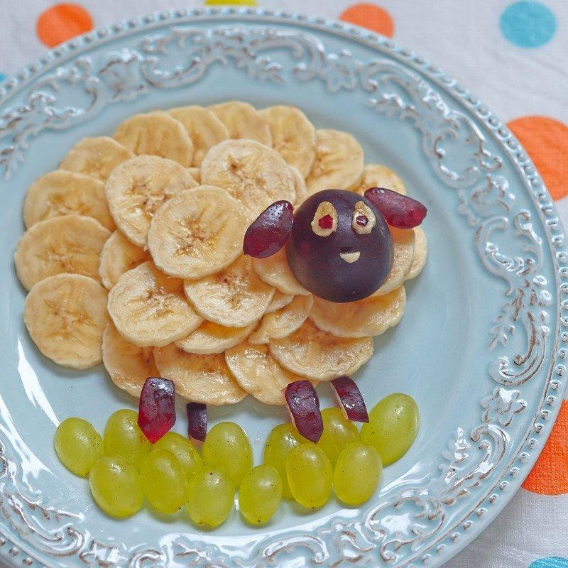 przepis na owieczkę z banana i winogron