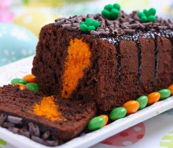 Przepis na ciasto czekoladowe z marchewką w środku