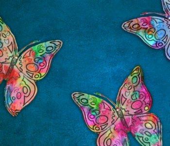 Wiosenne motyle z kredek świecowych