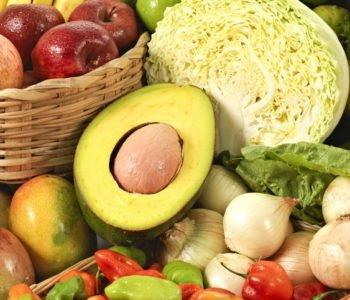 Jakie owoce i warzywa mają najwięcej witamin