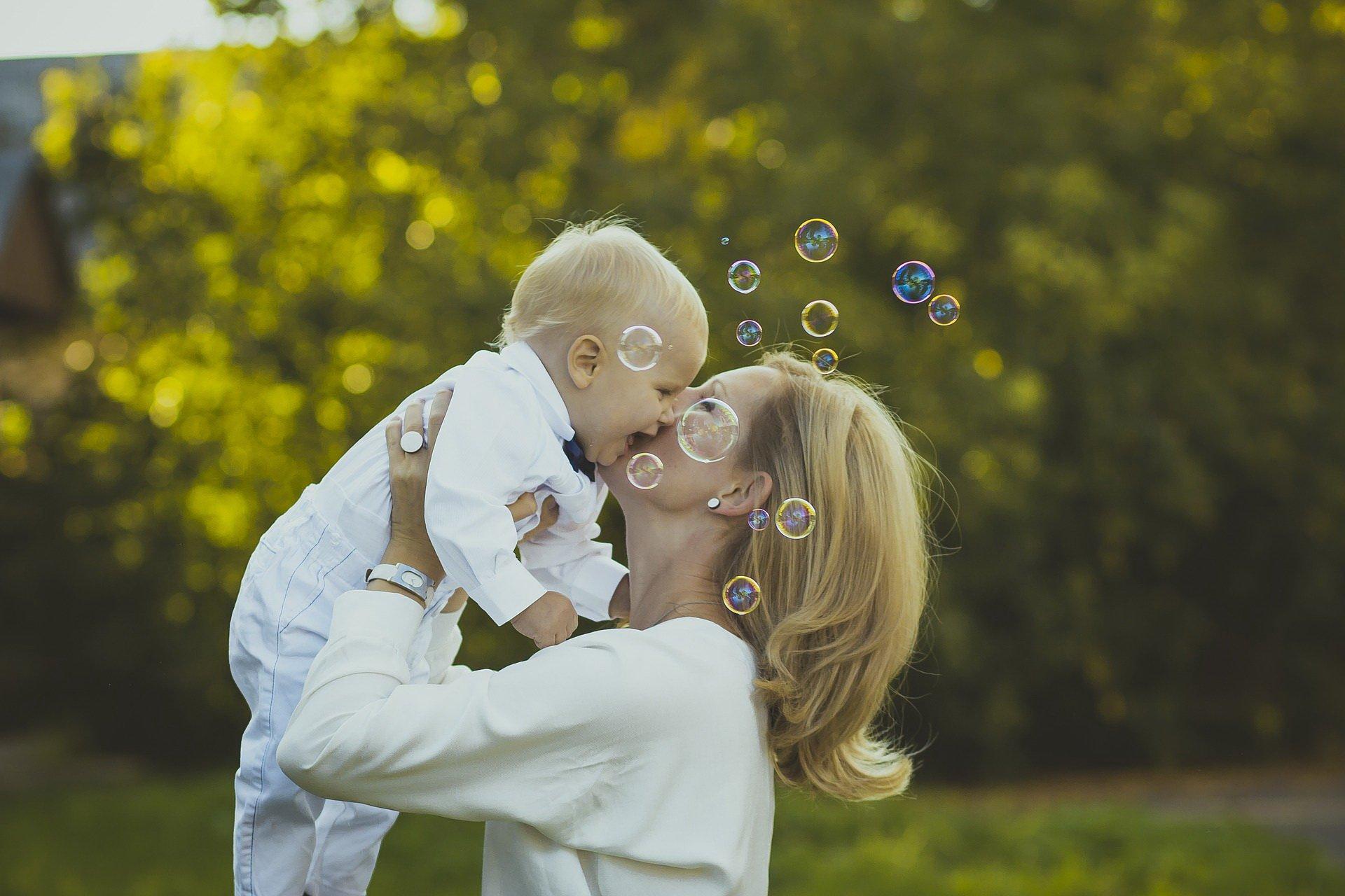 Bliskość matki i dziecka
