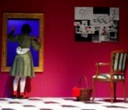Oniryczne-rozgrywki-szachowe-recenzja-spektaklu-Alicja-po-drugiej-stronie-lustra