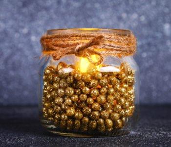Świąteczny świecznik – dekoracja stołu w 3 min