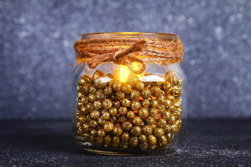 świecznik z koralikami