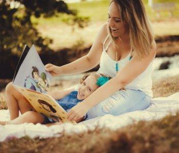Książki, wierszyk dla dzieci o czytaniu