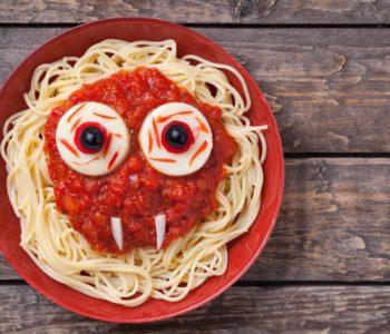 Przepis na wesołe i straszne spaghetti