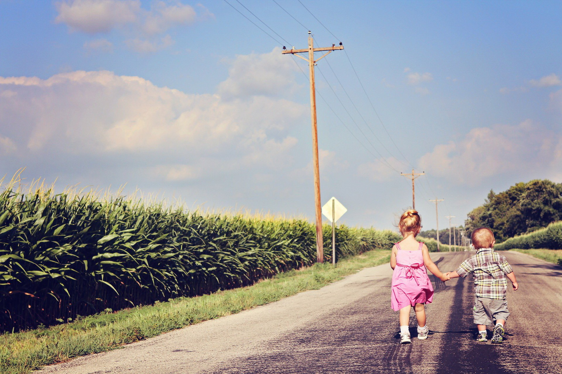 Lęk separacyjny dziecka w przedszkolu rozstanie z rodzicami