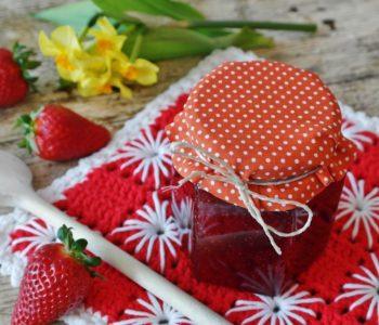 Przepis na dżem truskawkowy z piankami jojo
