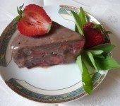 Torcik-czekoladowo-8211-truskawkowy