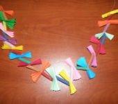 Łańcuch z papieru na choinkę