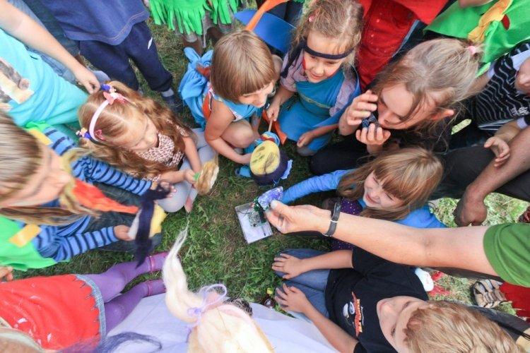 Niedzielne harce dla dzieci w Łaźni Nowej