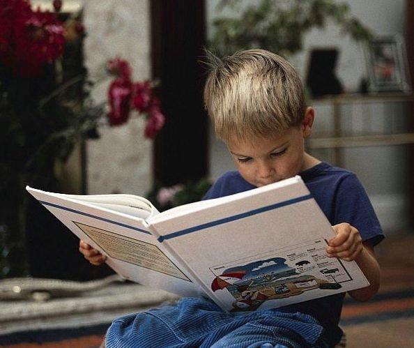 Między książką a zabawą