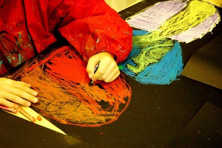 Wehikuł sztuki – zajęcia plastyczne dla dzieci