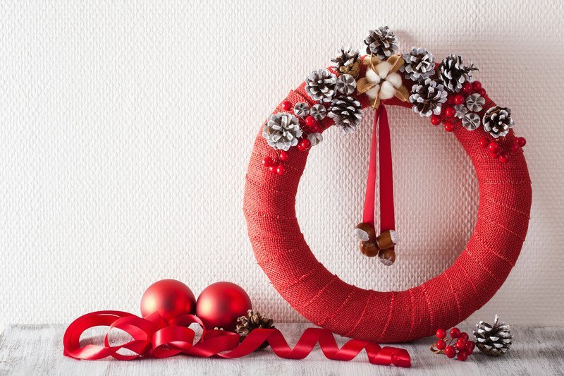Świąteczny stroik na kółku jak zrobić
