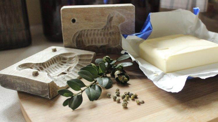 Jak zrobić baranka wielkanocnego z masła