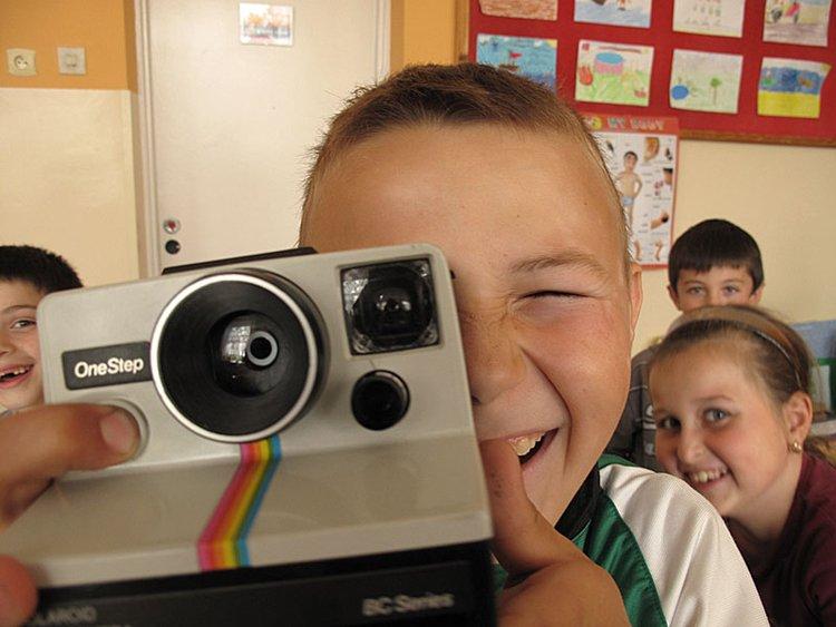 Warsztaty fotografii polaroidowej – pomóż im zaistnieć!